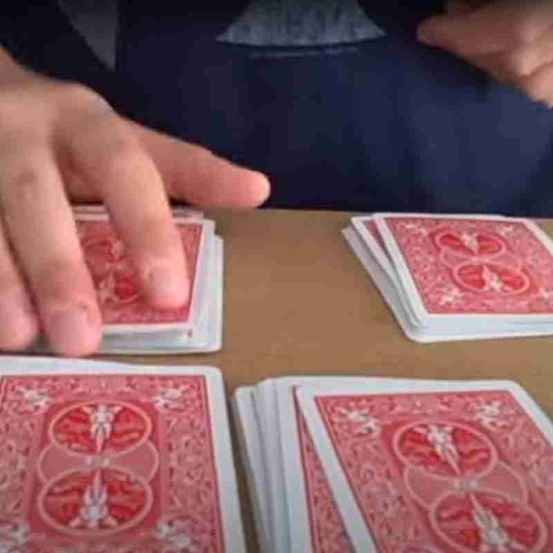 4 piles 4 aces easy card trick